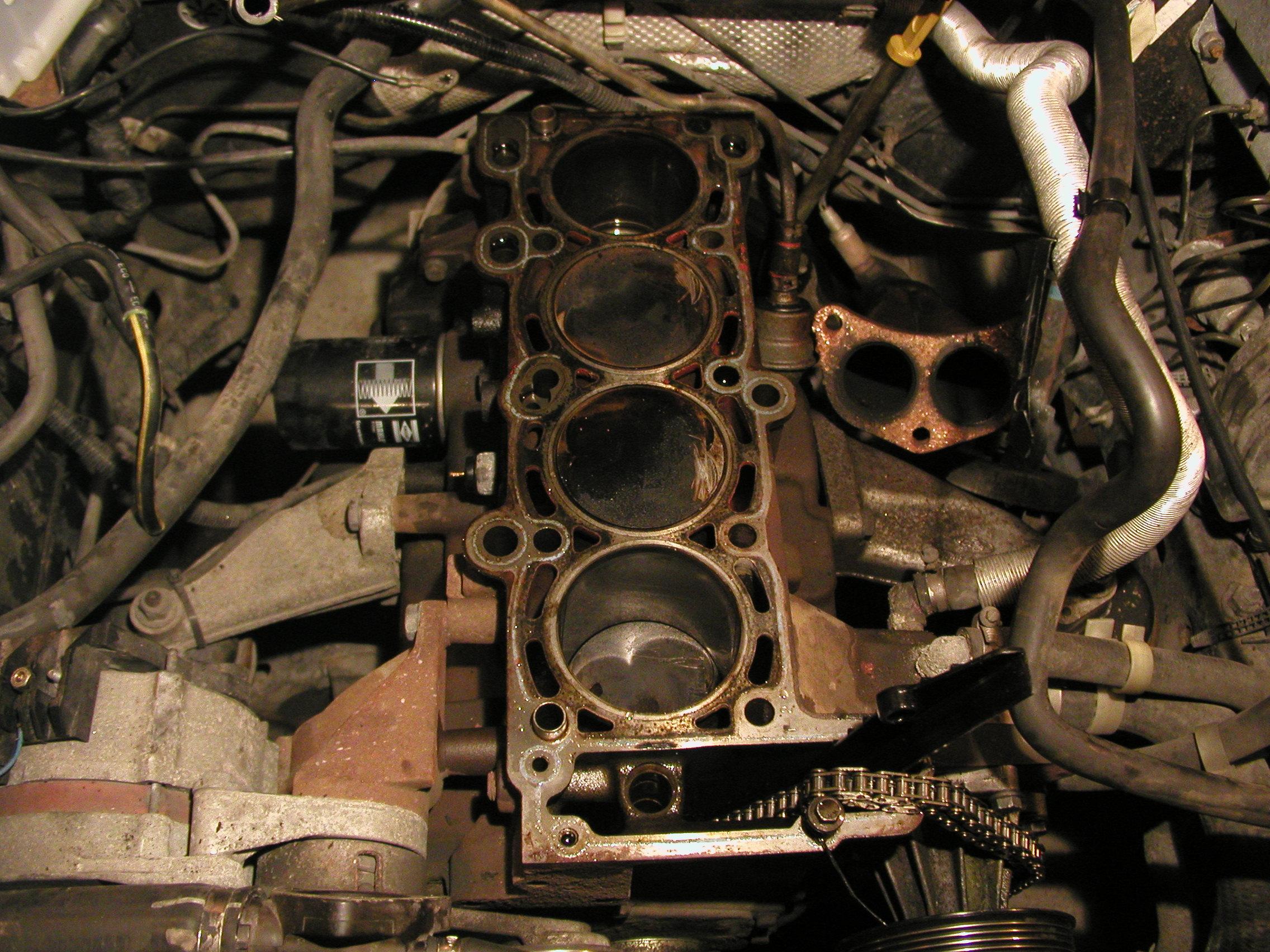 Straight-Four Engine - Wikipedia