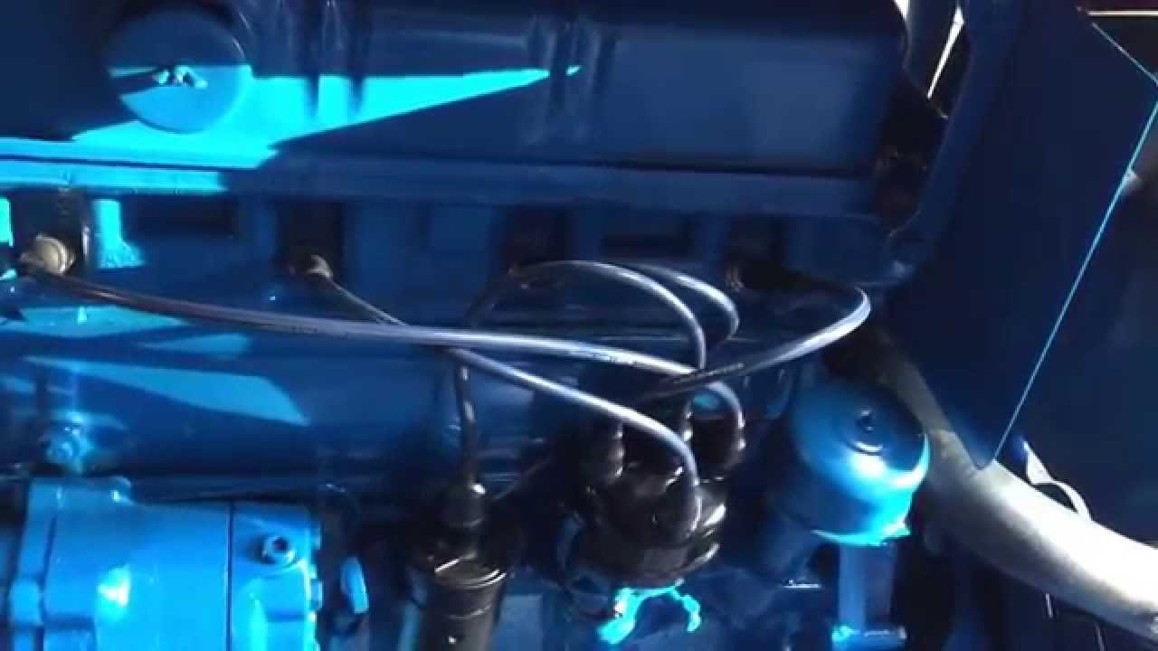 1963 Ford 2000 Tractor 4 Cyl Gasoline Engine Running