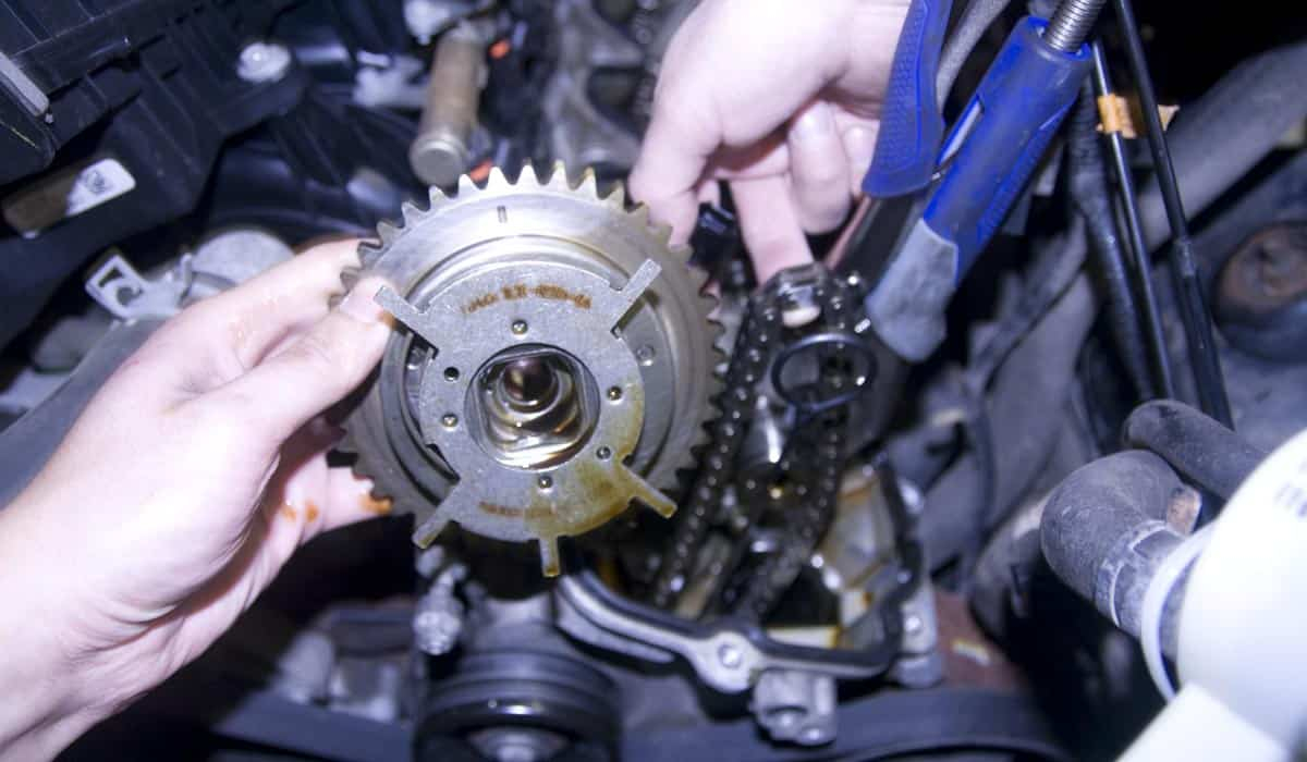 Seven Common Problems With The Ford 5.4 Triton Engine | Autowise