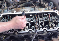 Ford 6.0 Liter Powerstroke Fuel Injector Installation